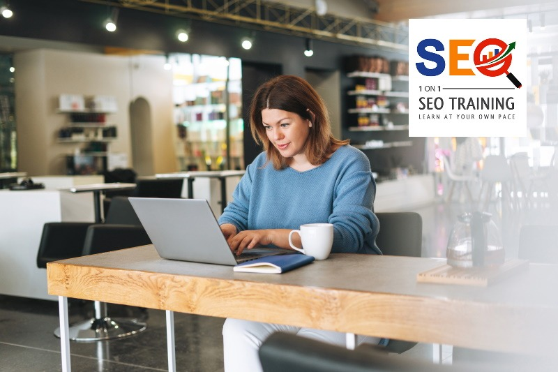 Small business SEO tutor with business owner on Zoom